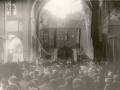 La basilique en ruines Messe à ciel ouvert